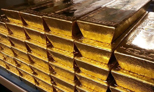 NATIONALBANK BRINGT 15 TONNEN GOLD VOM AUSLAND NACH WIEN
