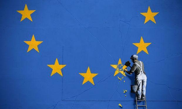 Trotz Avancen aus Brüssel: May beharrt auf Brexit
