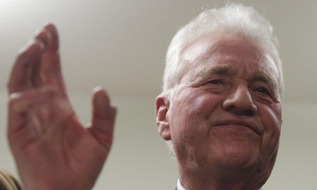 Stronach tritt Spitzenkandidat Niederoesterreich