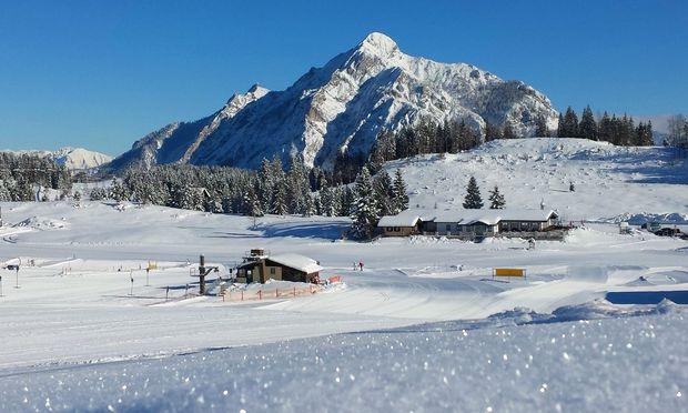 Weite Sicht, spektakuläre Loipen, kleine Lifte und freie Hänge: ein Winter, wie er damals war.