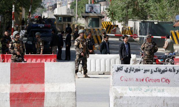 Viele Tote bei Anschlägen in Kabul