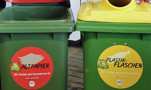 Die Abfallberater klärten über Mülltrennung auf