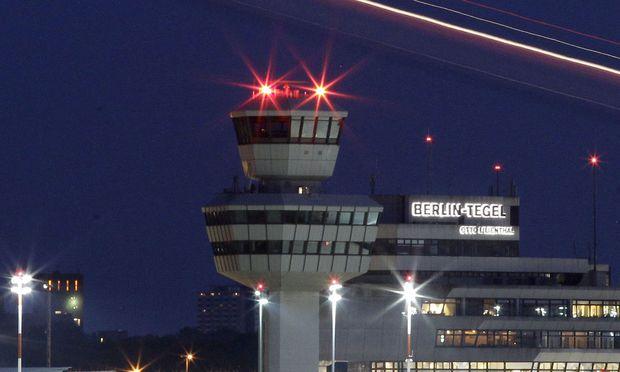 Der Flughafen Tegel ist schwer baufällig – und dennoch beliebt. / Bild: (c) REUTERS (Tobias Schwarz)