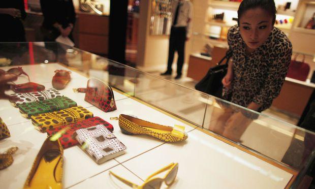 Bei sich selbst und der eigenen Sippe sind Chinesen sehr großzügig. Bei Spenden für Fremde allerdings nicht.