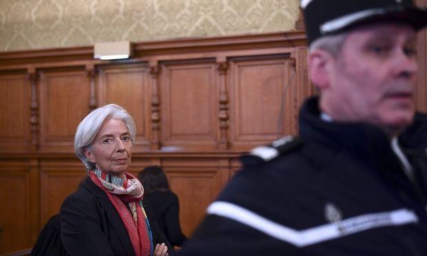 IWF-Chefin Christine Lagarde vor Gericht