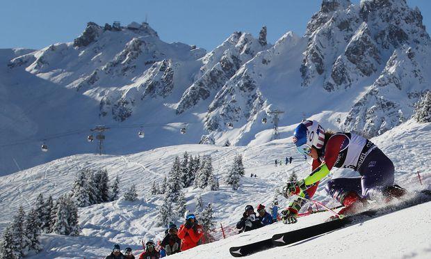 Weltcup Rebensburg verpatzt Riesenslalom in Courchevel