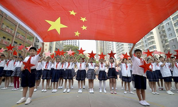 Studentische Freiwillige sollen das Land in China revitalisieren.