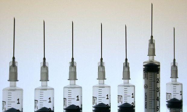 Symbolbild: Injektionsspritzen