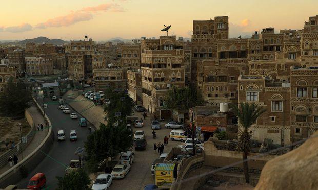 Der Konflikt im Jemen wurde von anderen Kriegen überschattet: Die internationale Aufmerksamkeit galt dem Blutbad in Syrien, dem Chaos im Irak, dem gefährlichen Aufstieg des IS.