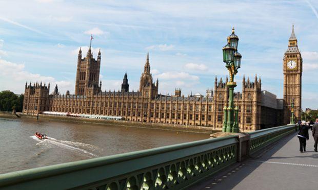 Grossbritanniens Wirtschaft koennte Rezession