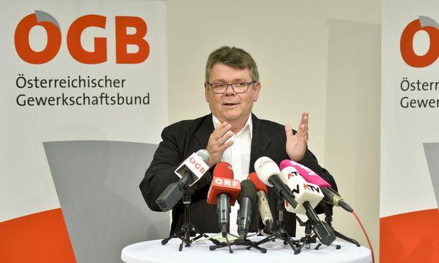 """ÖGB-Präsident Wolfgang Katzian bezeichntete die Sozialversicherungsreform als einen """"Raubzug"""" und eine """"Katastrophe"""" für die Arbeitnehmer."""