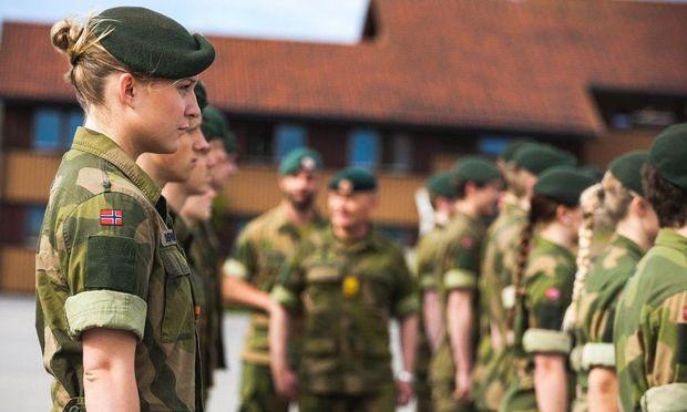 Soldatinnen und Soldaten der Garnison Sør-Varanger bei Kirkenes nahe der Grenze zu Russland.