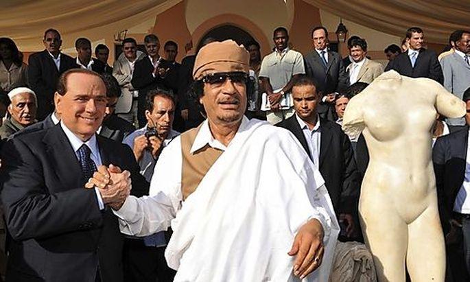Berlusconi und Gadaffi