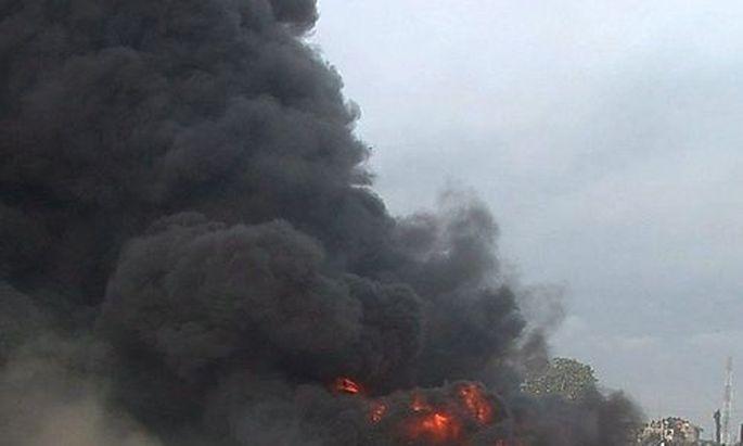 Symbolbild: Brandanschlaege und Gewalt in Nigeria