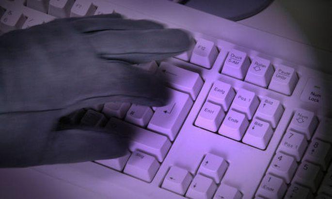 Computerkriminalität - computer crime