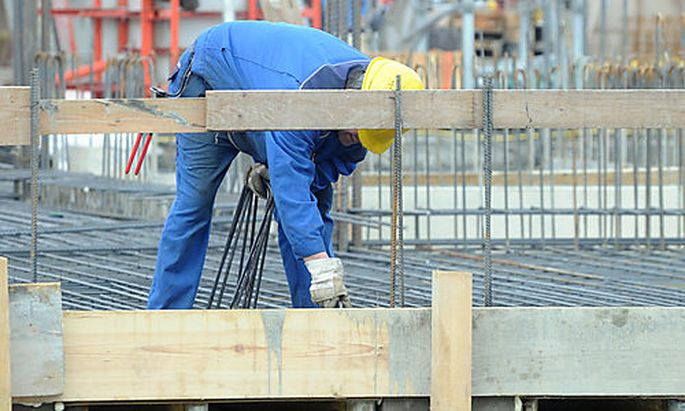 Baustelle, Bau, Bauarbeiter, Arbeiter, Hackler Photo: Michaela Bruckberger