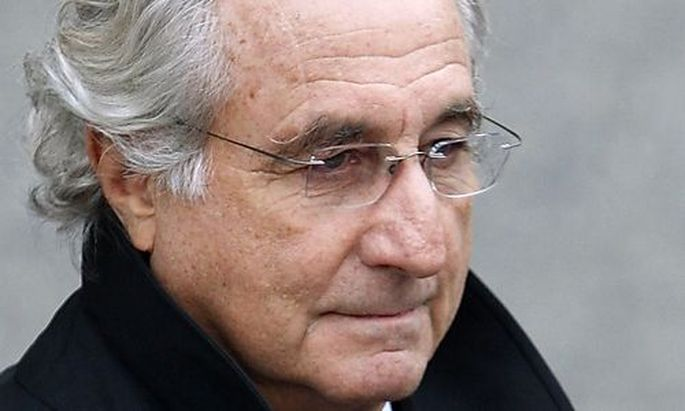 Accused swindler Bernard Madoff exits the Manhattan federal court house in New York