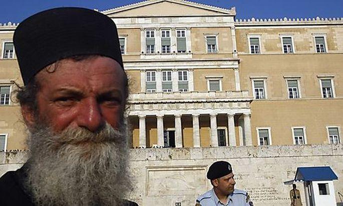 Symbolbild: Griechisch-Orthodoxe protestieren gegen Religion als Wahlfach.
