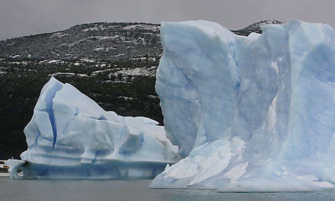 Upsala Glacier in Lake Argentino in Los Glaciares