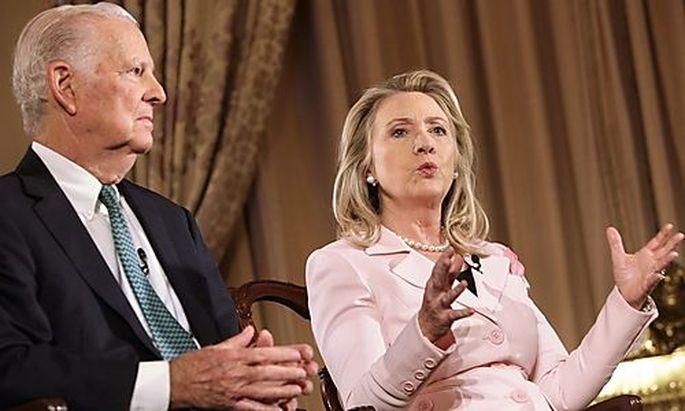 Clinton: Iran will angegriffen werden