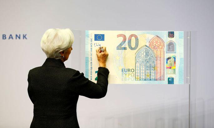 Noch bekämpft EZB-Chefin Christine Lagarde den Anstieg des Euro nicht.