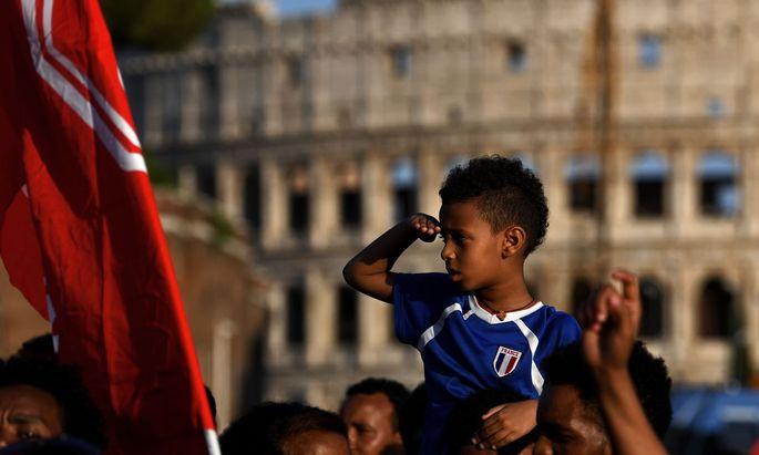 2017 sind über 12.000 minderjährige Migranten in Italien eingetroffen.