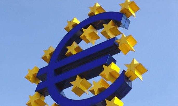 EU-Kommission will die Löhne der EU-Beamten um 3,7 Prozent erhöhen