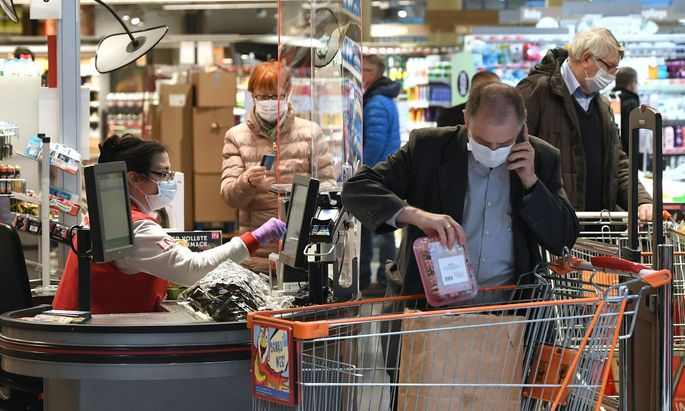 Hofer und Rewe verkaufen FFP2-Masken um 59 Cent per Stück