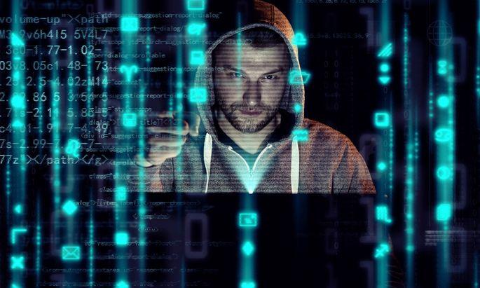 online,hacker,kampfbereit,hacking,internet,web,www,hack *** online,hacker,combat ready,hacking,onlines,hackers,combat r