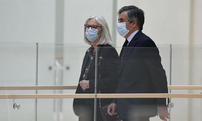 Ex-Premier Fillon und seine Frau Penelope.