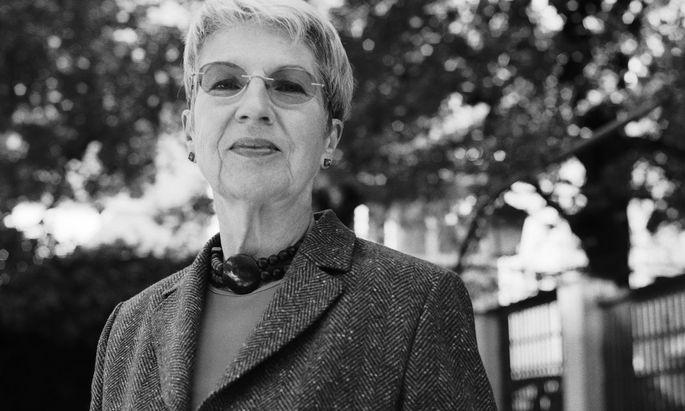 Zum Glück besucht sie nicht die Hotelfachschule, sondern wird Literatin: Barbara Frischmuth.