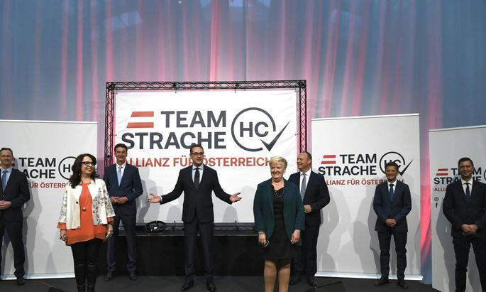 Archivbild: Strache bei der Präsentation seiner neuen Liste.