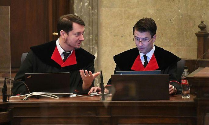 Die Ankläger Alexander Marchart und Gerald Denk.