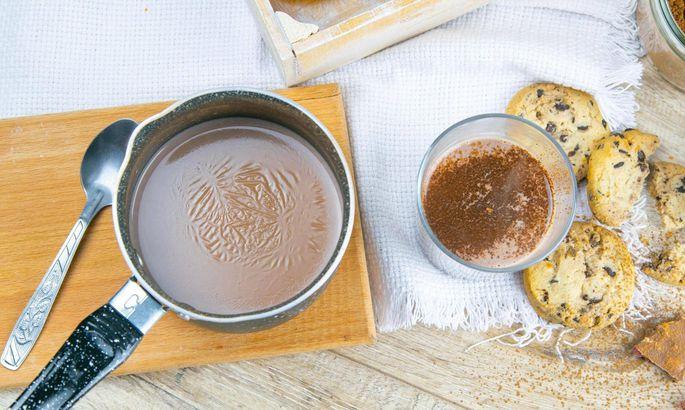 Warum bildet sich eine Haut auf heißer Milch?
