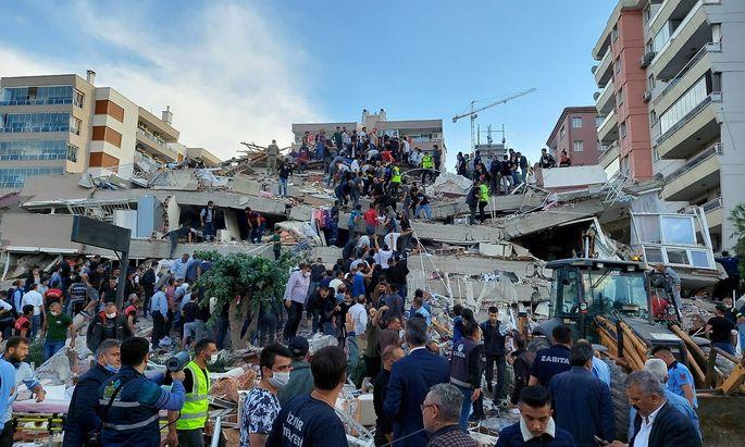 Erdbebenschäden in Izmir