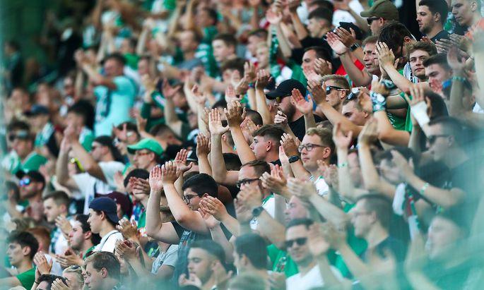 Rapid-Fans im Testspiel