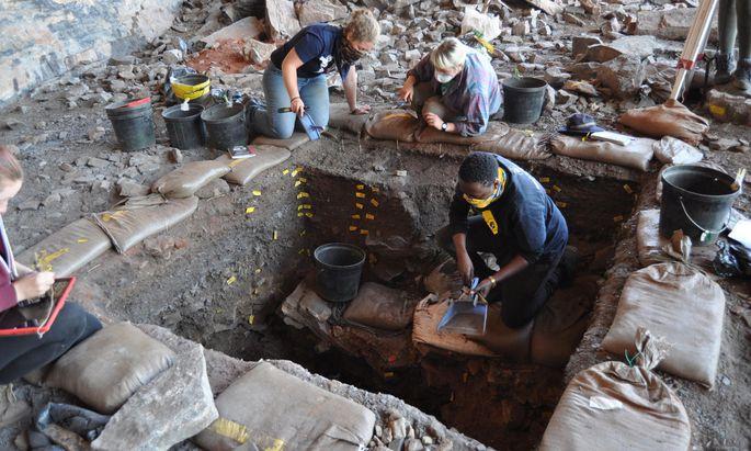 Spiritueller Ort seit 105.000 Jahren? Ausgrabungen am Mohana-Hügel in Südafrika.