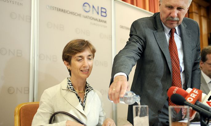 Laenderbericht fordert Bankenbereinigung