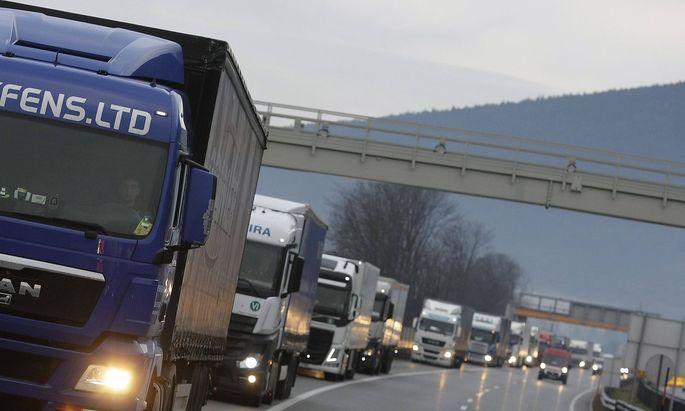 Beim Verbrennerverbot andere EU-Länder überflügeln: Wäre das erlaubt?