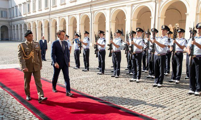 Giuseppe Conte holt sich in Rom den Auftrag zur Bildung neuer Regierung