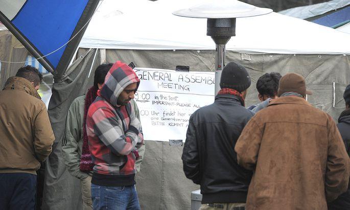 Asylwerber setzen Hungerstreik