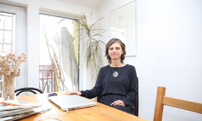 Schreibt gern die Lebensgeschichten anderer Menschen auf: Silke Rabus