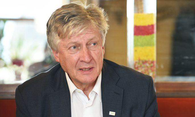 Der Dekan der IACA, Thomas Stelzer