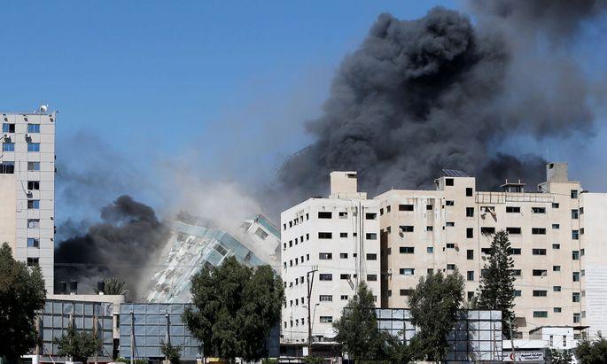 Die israelische Armee hat beim Beschuss des Gazastreifens am Samstag auch ein Gebäude internationaler Medien angegriffen.