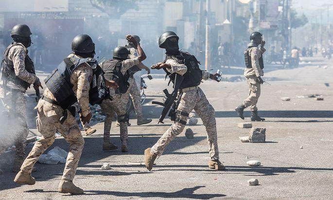 FILES-HAITI-POLITICS-UNREST