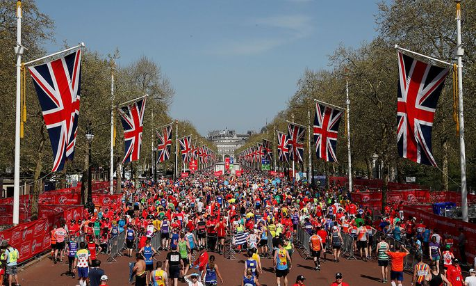 Matt Campbell startete beim London-Marathon und brach zusammen.