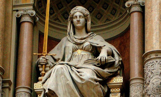 Ansicht der Statue der 'Justitia'