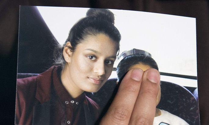 Großbritannien hat nun einer 19-jährigen IS-Angehörigen die Staatsbürgerschaft aberkannt.