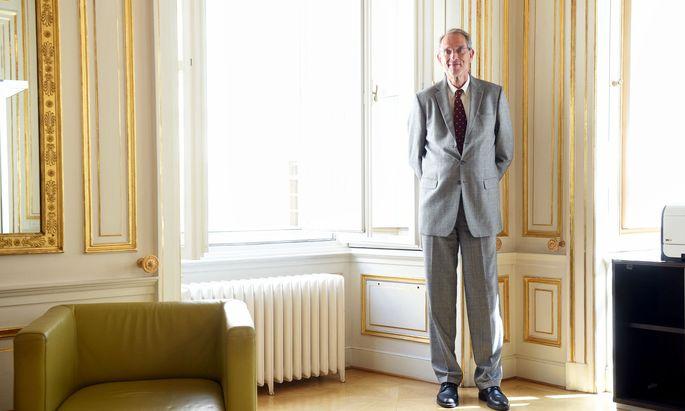 """""""Ich glaube, manche Eltern überschätzen sich selbst"""", sagt Bildungsminister Heinz Faßmann mit Blick auf die stark gestiegene Zahl an Abmeldungen von der Schule."""