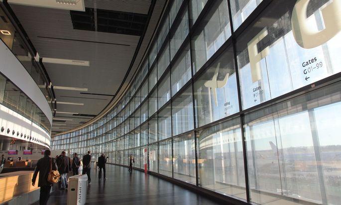 Neu und teuer: Der Skylink des Flughafen Wien.